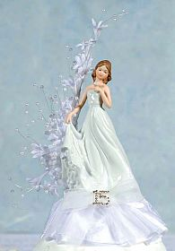Pearl Arch Porcelain Quinceanera - Sweet Sixteen Cake Topper