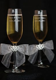 Rhinestone Hearts Wedding Toasting Glasses