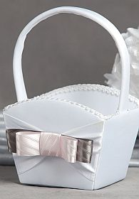 Tie(ing) the Knot Flower Girl Basket