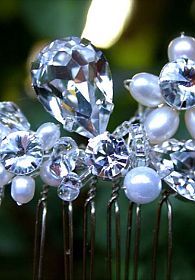 Tear Drop Crystal and Pearl Comb