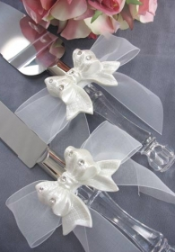 Rhinestone Pearlized Bow Wedding Cake Server Set